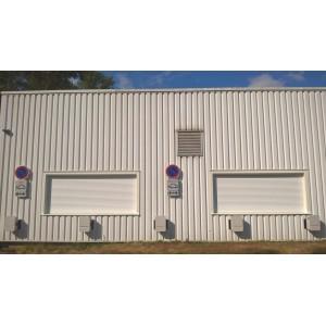 Installation de sept bornes HAGER réf. XEV101 et 102 pour un transporteur, à Fenouillet dans le 31 (Professionnel).