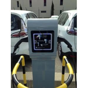 Installation de quatre bornes G2Mobility réf. DIVA, à Cruas dans le 07 (Professionnel).